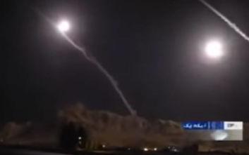 «Φλέγεται» η Μέση Ανατολή: Το Ιράν βομβάρδισε αμερικανικές βάσεις στο Ιράκ