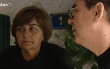 Μητέρα Ελένης Τοπαλούδη: Τι είπε στην οικογένεια του Ροδίτη κατηγορούμενου έξω από το δικαστήριο
