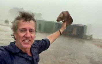 Ο ενθουσιασμός αγρότη στην Αυστραλία που βλέπει επιτέλους βροχή