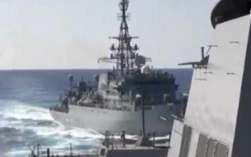 Παραλίγο θερμό επεισόδιο στην Αραβική Θάλασσα: Η Ρωσία προκάλεσε πολεμικό πλοίο των ΗΠΑ