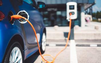 Έρχονται κίνητρα για απόκτηση ηλεκτρικών οχημάτων
