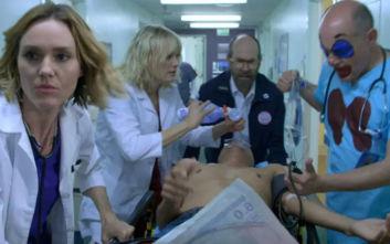 Netflix: Σπαρταριστή κωμική σειρά κατέφτασε στις 10 Ιανουαρίου