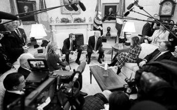 Οι 10 ασπρόμαυρες φωτογραφίες του Κυριάκου Μητσοτάκη από το ταξίδι στις ΗΠΑ