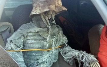 Η πατέντα οδηγού σε δρόμο των ΗΠΑ