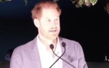 Ο πρίγκιπας Χάρι μιλά για το Megxit: Θέλω να ακούσετε την αλήθεια από εμένα