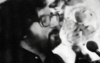Η Χάρις Αλεξίου αποχαιρετά τον Θάνο Μικρούτσικο με ένα σπάνιο βίντεο