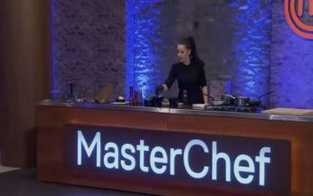 Masterchef 4: Η εντυπωσιακή μελαχρινή με τα μαύρα που μαγείρεψε κόλλυβα