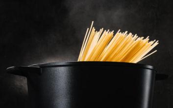Οι Γερμανοί αγοράζουν μακαρόνια, δίνοντας μικρή ώθηση στην ιταλική οικονομία
