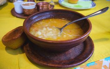 Ξινός τραχανάς σούπα