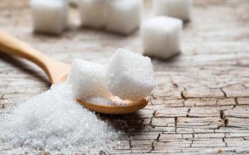 Πώς να μειώσετε τα πρόσθετα σάκχαρα στη διατροφή σας