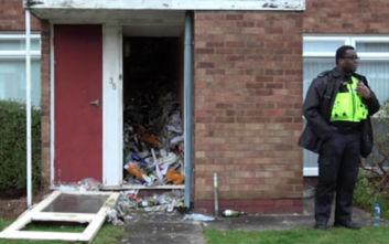 Μανιώδης συλλέκτης βρέθηκε θαμμένος στο σπίτι του μέσα σε σωρούς σκουπιδιών