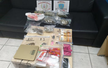 Συνελήφθη 42χρονη για ναρκωτικά, στο σπίτι της βρέθηκαν κάνναβη, κοκκαΐνη, MDMA και LSD