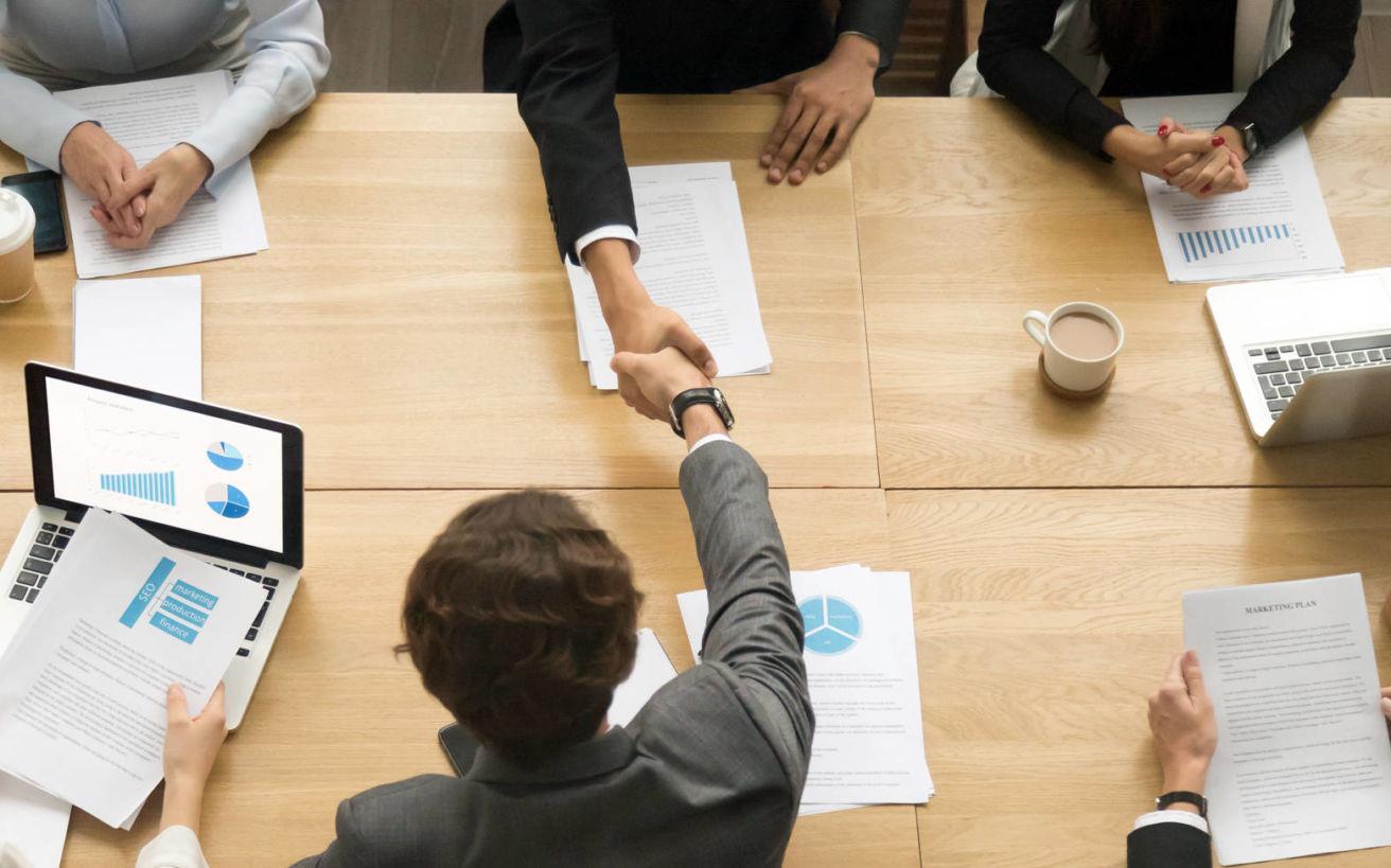 Δέκα επιτυχημένοι επαγγελματίες δίνουν συμβουλές για να βρεις το δρόμο σου