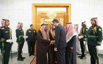Ο διπλός στόχος Μητσοτάκη στη Σαουδική Αραβία: Επενδύσεις με φόντο τους Πάτριοτ