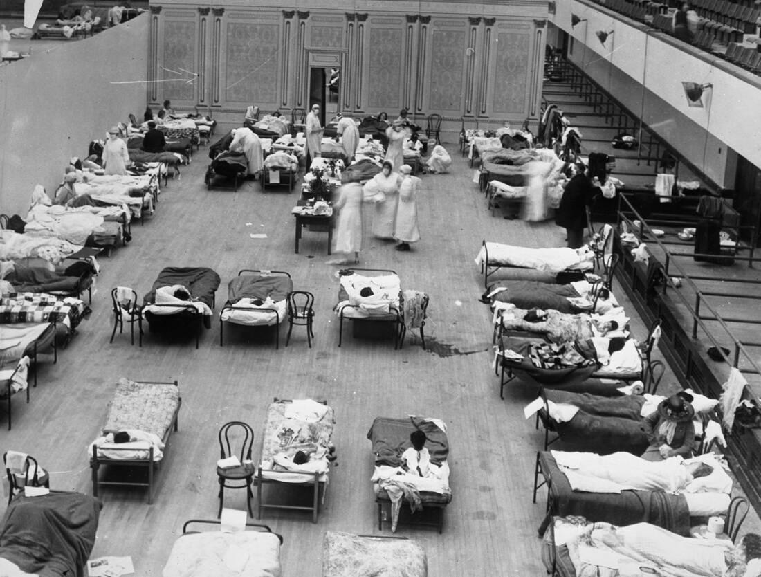 Η πανδημία που θέρισε τον πλανήτη και σκόρπισε το θάνατο στην Ελλάδα