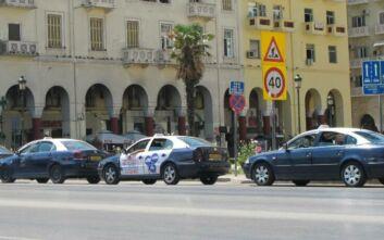 Οδηγός ταξί στη Θεσσαλονίκη συνελήφθη για άσεμνη πράξη σε πελάτισσα