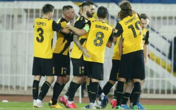 Super League 1: Πέρασε από το Περιστέρι με Κρίστιτσιτς η ΑΕΚ