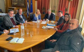 Συνάντηση του Μάκη Βορίδη με την Εθνική Διεπαγγελματική Οργάνωση Ελαιολάδου για την τιμή του ελαιολάδου