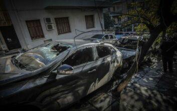 «Μια ομάδα τρελών νιχιλιστών» ανέλαβε την ευθύνη για το μπαράζ εμπρηστικών επιθέσεων στην Αθήνα
