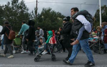 Σκληρή γραμμή από την κυβέρνηση μετά τις διαδηλώσεις αιτούντων άσυλο στη Μόρια