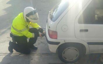 Έλεγχοι τροχαίας στην Αθήνα: Πάνω από 80 αυτοκίνητα είχαν παρκάρει σε ράμπες ΑΜΕΑ