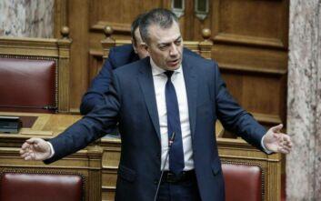 Σφοδρή κόντρα στη Βουλή για το μεταναστευτικό: «Το ΚΚΕ τάζει συντάξεις σε πρόσφυγες»
