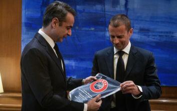 Τι προβλέπει το μνημόνιο που υπέγραψε η κυβέρνηση με UEFA - FIFA για το ποδόσφαιρο