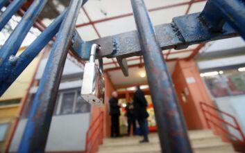 Κορονοϊός: Κλειστά τα σχολεία στο Πύργο για δυο μέρες ώστε να απολυμανθούν οι αίθουσες