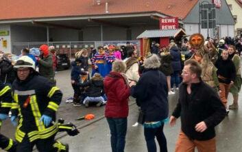 Αυτοκίνητο έπεσε πάνω σε πλήθος στη Γερμανία