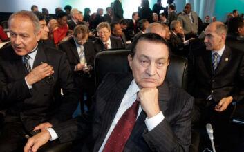 Χόσνι Μουμπάρακ: Τριήμερο πένθος στην Αίγυπτο, αύριο η κηδεία του πρώην προέδρου