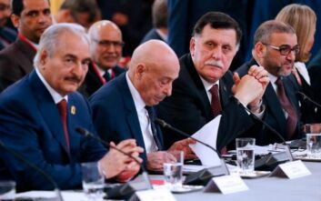 Ξεκίνησαν οι συνομιλίες μεταξύ εκπροσώπων Χαφτάρ και Σάρατζ για την εκεχειρία στη Λιβύη