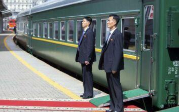 Κοροναϊός: Η Ρωσία αναστέλλει τα δρομολόγια των τρένων προς τη Β. Κορέα