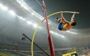 Νέο παγκόσμιο ρεκόρ με 6,18μ. ο Ντουπλάντις στο άλμα επί κοντώ
