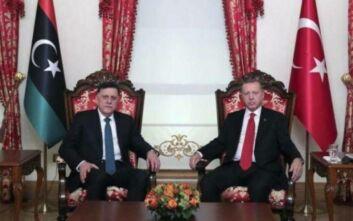 Έκτακτη συνάντηση Ερντογάν - Σάρατζ στην Κωνσταντινούπολη