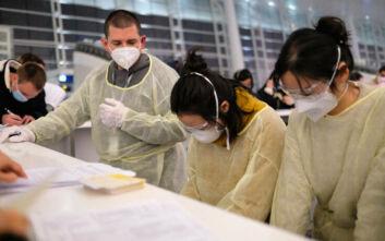 Κοροναϊός: Σε ιατρικές εξετάσεις υποβάλλονται 1.800 επιβαίνοντες σε κρουαζιερόπλοιο στο Χονγκ Κονγκ
