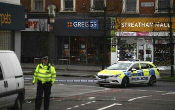 Με ματσέτα επιτέθηκε ο άνδρας στο Λονδίνο - Τρεις άνθρωποι τραυματίστηκαν