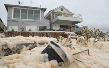 Μετά τις φωτιές, οι σφοδρές βροχοπτώσεις προκαλούν χάος στην Αυστραλία