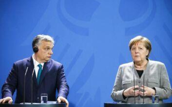 Υπέρ της έναρξης ενταξιακών διαπραγματεύσεων με Αλβανία και Βόρεια Μακεδονία Μέρκελ και Όρμπαν