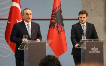 Επίσκεψη Τσαβούσογλου στην Αλβανία: «Θα στηρίξουμε την αδελφική χώρα»