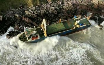 Εμφανίστηκε ο ιδιοκτήτης του «πλοίου-φάντασμα» που ξεβράστηκε στην Ιρλανδία