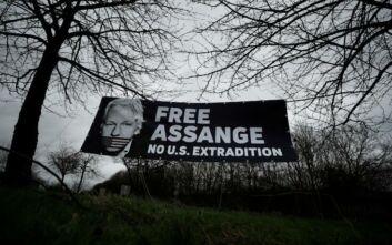 Συγκεντρώσεις στη Βρετανία από υποστηρικτές του Ασάνζ: Ζητούν την αποφυλάκισή του