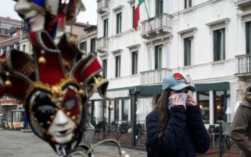 Παράλογες τιμές στην Ιταλία λόγω κορονοϊού: Μάσκα έναντι 10 ευρώ και αντισηπτικό έναντι 39 ευρώ