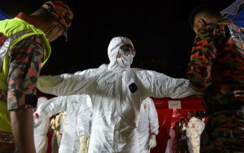 Κορονοϊός: Η μετάδοσή του, ο πανικός, οι ταινίες με ζόμπι και ο… «φόβος του πολέμου όλοι εναντίον όλων»