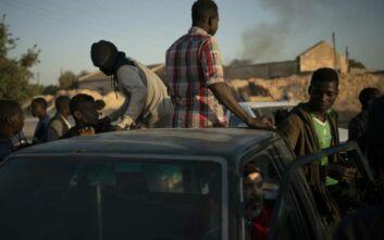 Λιβύη: Πολλές ρουκέτες έπληξαν την Τρίπολη και το αεροδρόμιο της - Τουλάχιστον δύο τραυματίες