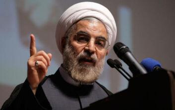 Κορονοϊός: Ο Ιρανός πρόεδρος κατηγόρησε τις ΗΠΑ ότι σπέρνουν «τον τρόμο» για την επιδημία