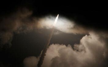 Ρωσικός δορυφόρος κυνηγά αμερικανικό, υπάρχει κίνδυνος σύγκρουσης