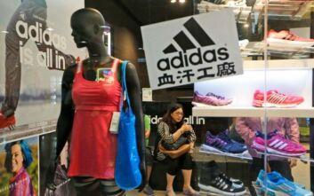 Adidas: Κλείνει καταστήματα στην Κίνα λόγω κοροναϊού