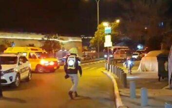 Συναγερμός στην Ιερουσαλήμ από αυτοκίνητο που έπεσε σε πεζούς και τραυμάτισε 14 - Φόβοι για τρομοκρατική επίθεση