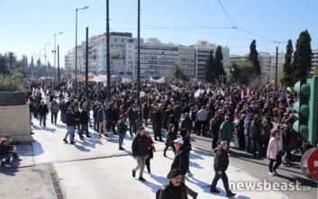 Άνοιξαν οι δρόμοι στο κέντρο της Αθήνας, ολοκληρώθηκαν οι απεργιακές κινητοποιήσεις