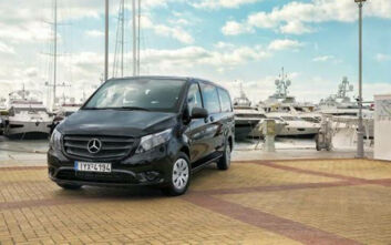 Αυτό είναι το Mercedes-Benz Vito Tourer Dark Edition